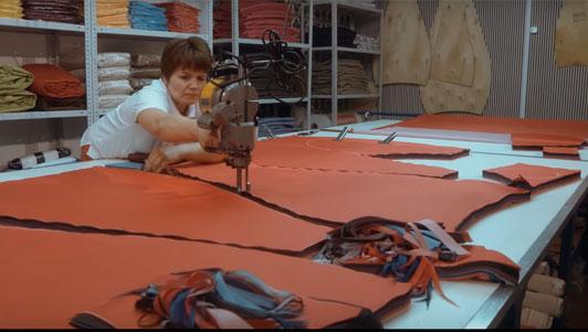 производство бескаркасной мебели кресел